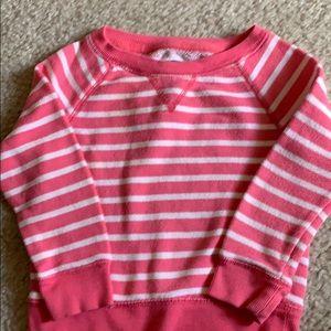 Girl's gap pull over shirt